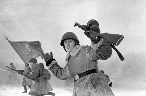 RIAN_archive_93172_Defenders_of_Leningrad.jpg